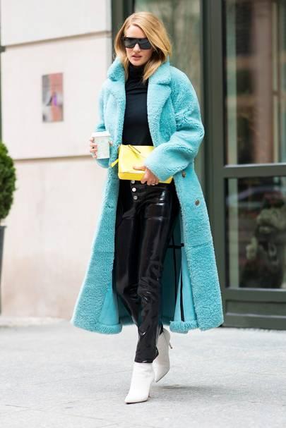 a362ca91962 Rosie Huntington Whiteley Style  Fashion Photos   Best Looks ...