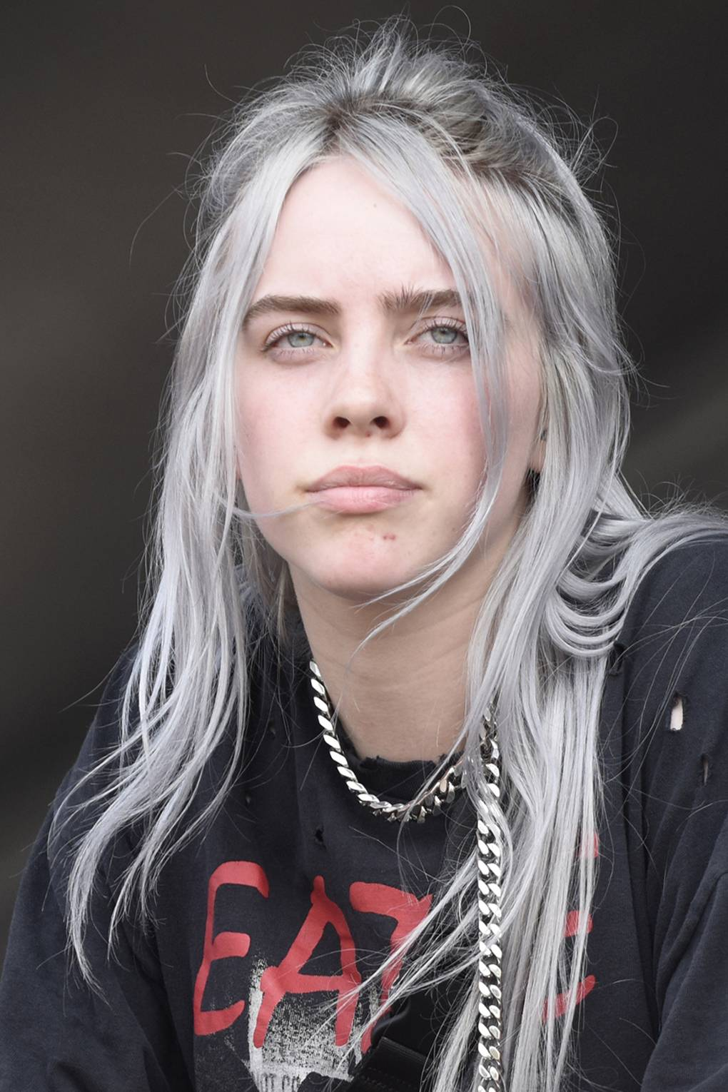 Grammy Awards 2020 Billie Eilish S Gucci Nails May Be Her Best