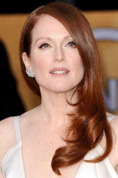 Lady Is A Vamp - Julianne Moore