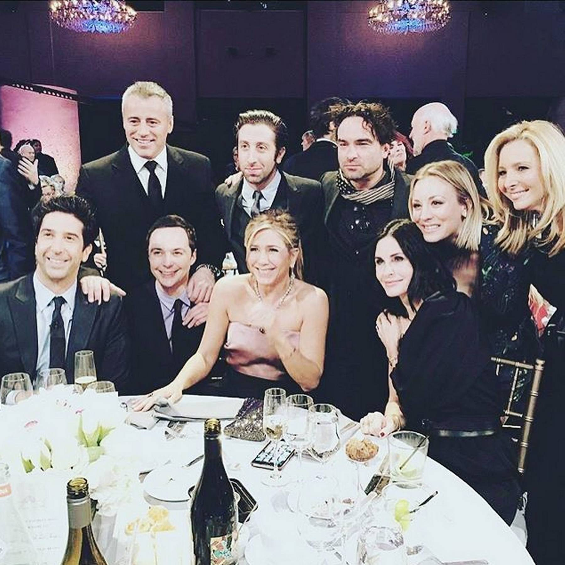 Friends Reunion News - Matt LeBlanc, Matthew Perry, Jennifer