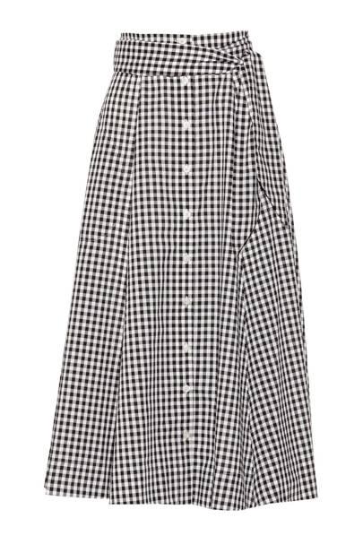 The item: A full skirt