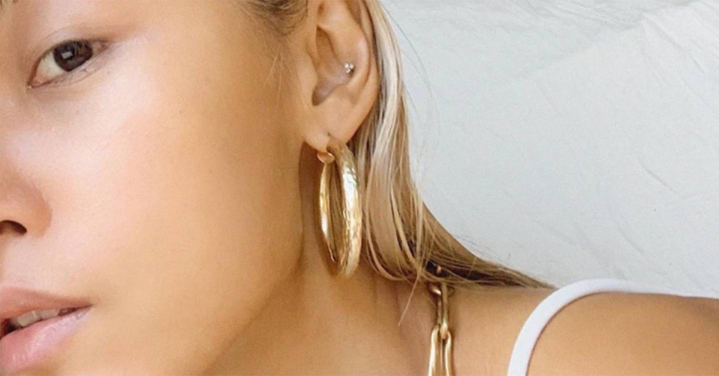 The most flattering earrings for each face shape to balance and highlight your proportions