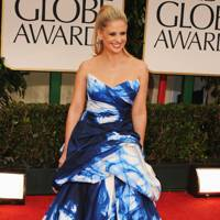 Sarah Michelle Gellar at the Golden Globes 2012