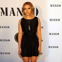 Scarlett Johansson – LBD Me