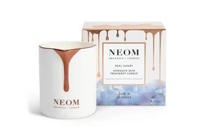 Best massage candles UK: Neom massage candle
