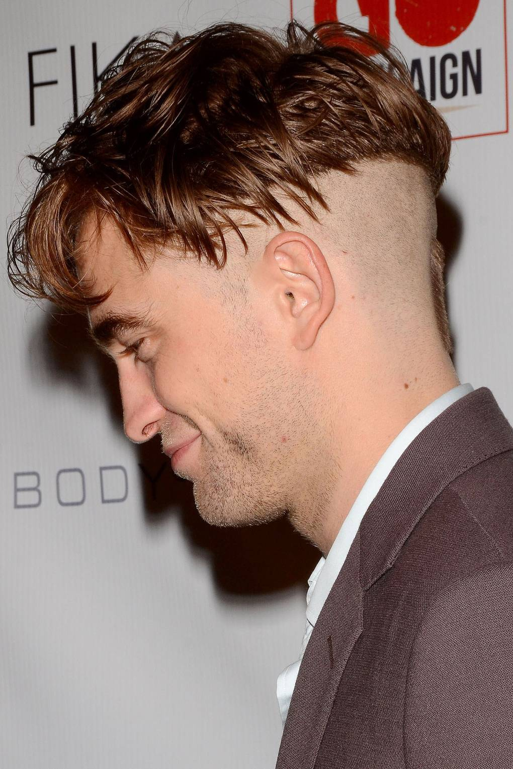 Robert Pattinson Undercut Bad Hairstyle Pictures Glamour Uk