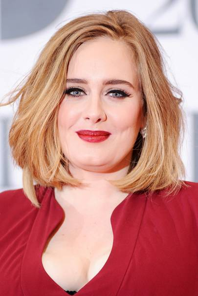At the 2016 BRIT awards, Adele went for a slightly different look makeup-wise. She stood out with her bold red lips, rather than the nude hues she usually ...