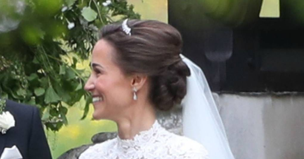 Pippa Middleton S Wedding Hairstyle Celebrity Hair And Hairstyles Glamour Uk