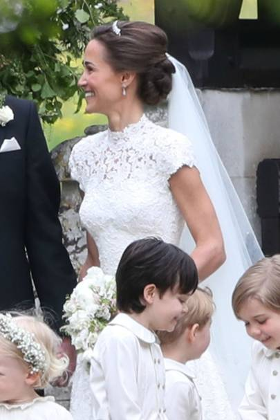 Pippa middletons wedding hairstyle celebrity hair and pippa showed off those envy inducing arms junglespirit Image collections