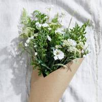 Long-Distance Relationship Gifts: the faux flowers