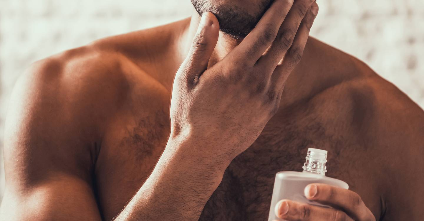 These are the 12 best-selling (and best smelling) men's aftershaves if you're looking for a crowd-pleasing fragrance