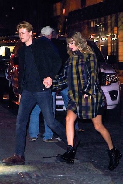 237e15c2a Taylor Swift & Joe Alwyn Dating. New Boyfriend Alert | Glamour UK