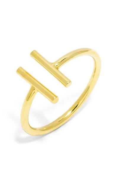 Best jewellery brands: Ivy Rose