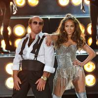 Tom Cruise and J-Lo's dance-off