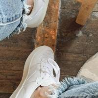 Need some white trainers for summer? These are the pair that everyone is going to be wearing because they go with literally everything