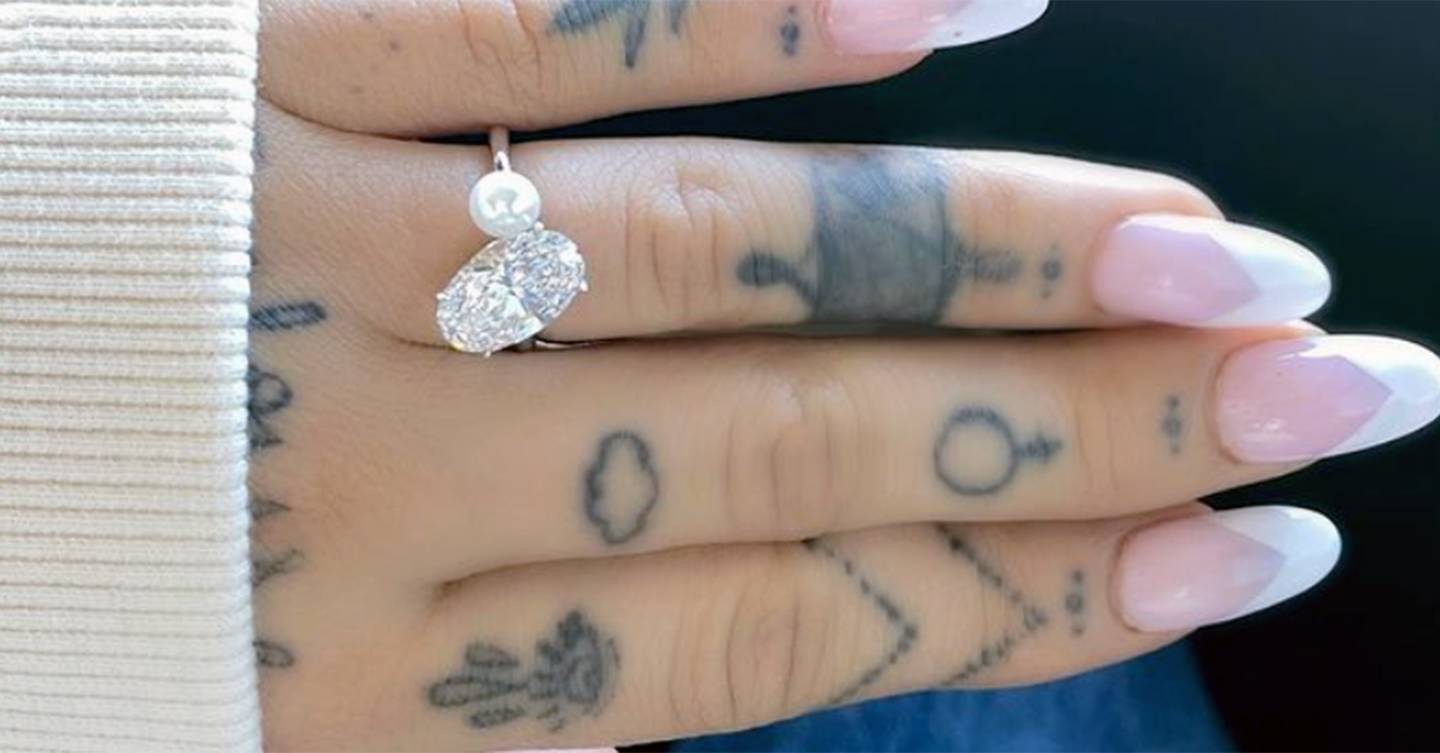 This is the super emotional meaning behind Ariana Grande's pearl engagement ring that we (almost) all missed