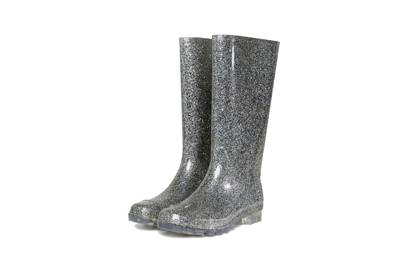 THE LIGHT-UP WELLIES