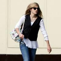 Emma Watson – Errand Runner