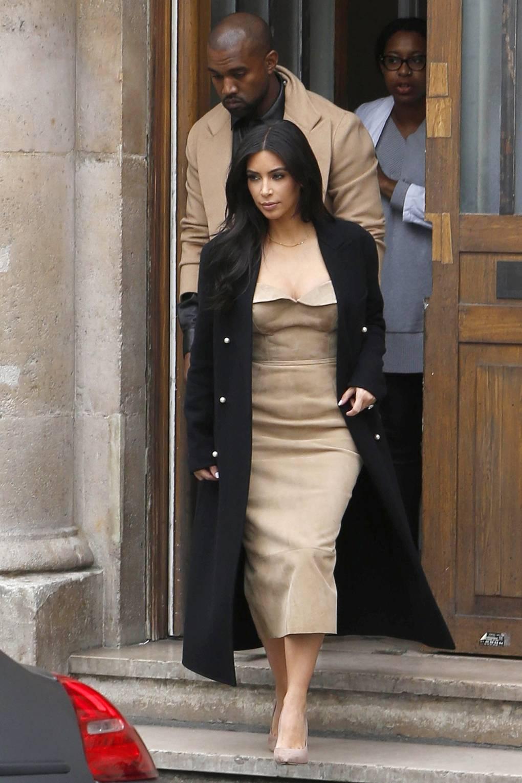 Doubles Kim Kardashian overwhelm the planet