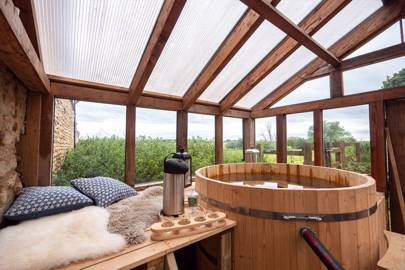 Holiday cottages with hot tubs: North Lincolnshire