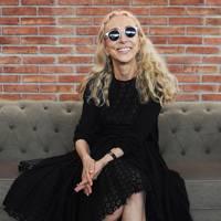 December: Franca Sozzani dies