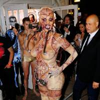 Heidi Klum as an alien experiment