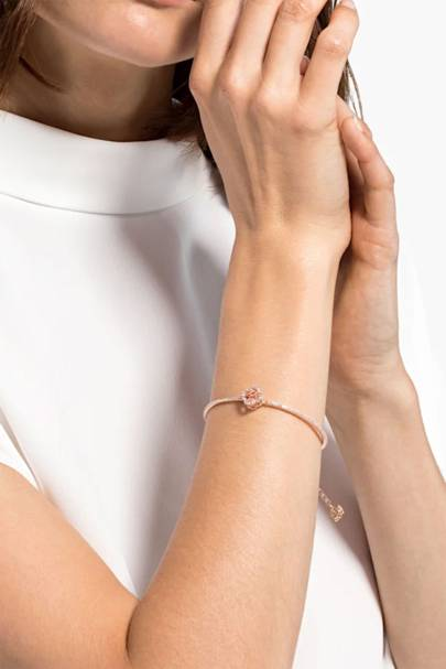 Valentine's Day gifts for her: the bangle