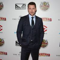 Barry Sloane - Hollywood