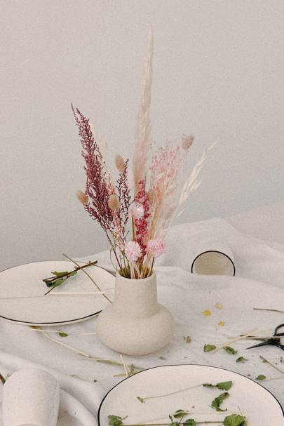 Dried flowers: the blush bouquet