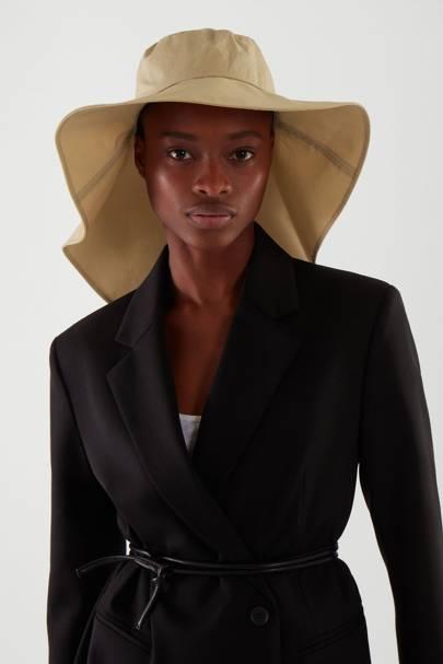 Best Sun Hats: Oversized Bucket Hat