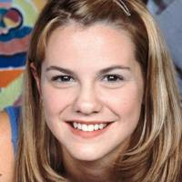 Larisa Oleynik in The Secret World of Alex Mack