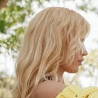 Buttercup blonde