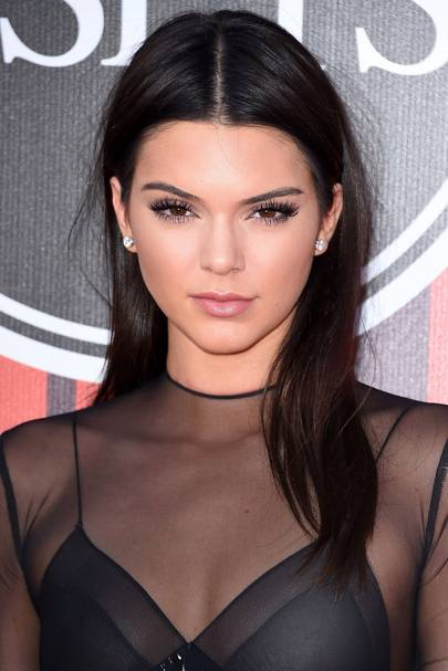 Kendall Jenner Pink Hair How To Go Brunette To Pink
