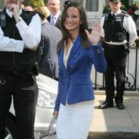 Pippa Middleton – Blue Hue