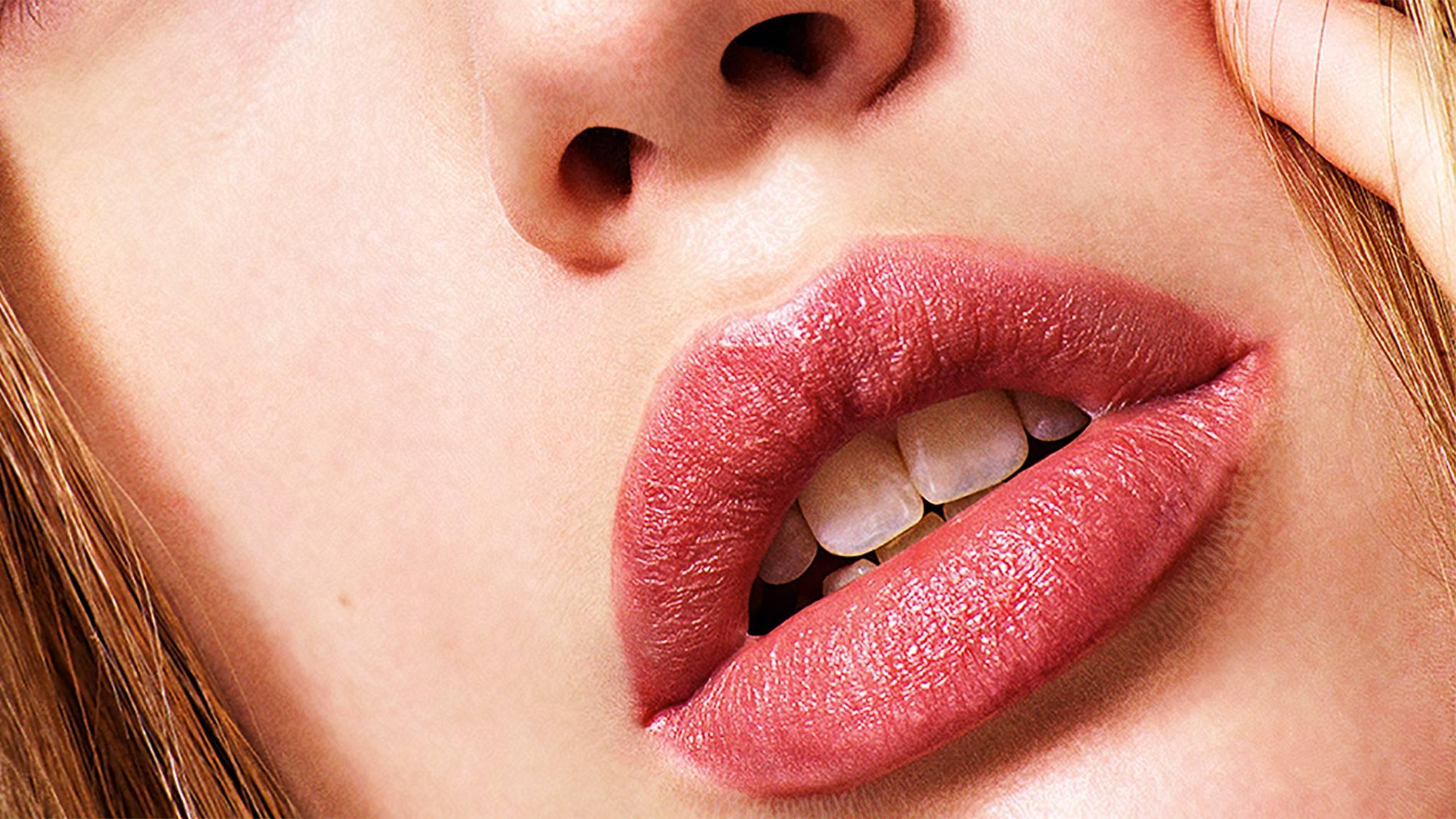 Blackheads on lip line herpes dating