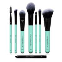 Gifts For Sisters: the makeup brushes