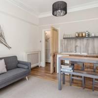 Best Dorset honeymoon Airbnb