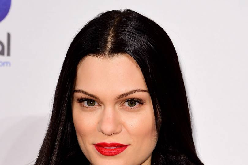 Jessie J Hairstyle: Jessie J's Hairstyle & Makeup Photos