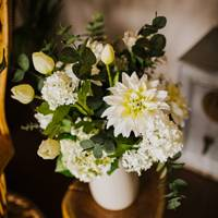 Best flower delivery service for artificial flowers