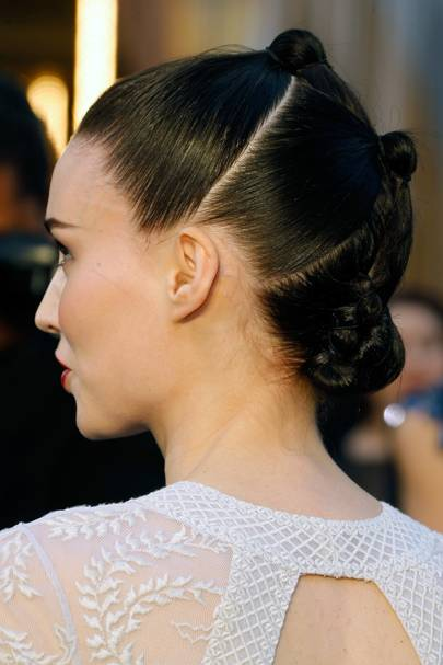 Space Buns Hair Trend Celebrity Inspiration And Tips Glamour Uk