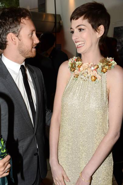 Anne  Hathaway and Adam Shulman at The Dark Knight Rises premiere