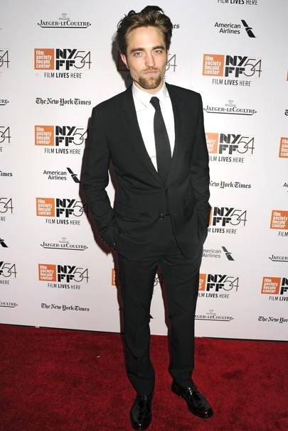 2. Robert Pattinson (No Movement)
