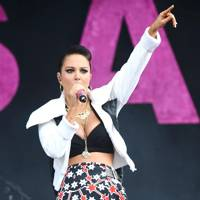 Tulisa performs at Barclaycard Wireless Festival 2012