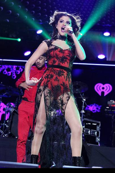 Selena Gomez performs at the Z100 Jingle Bell Ball