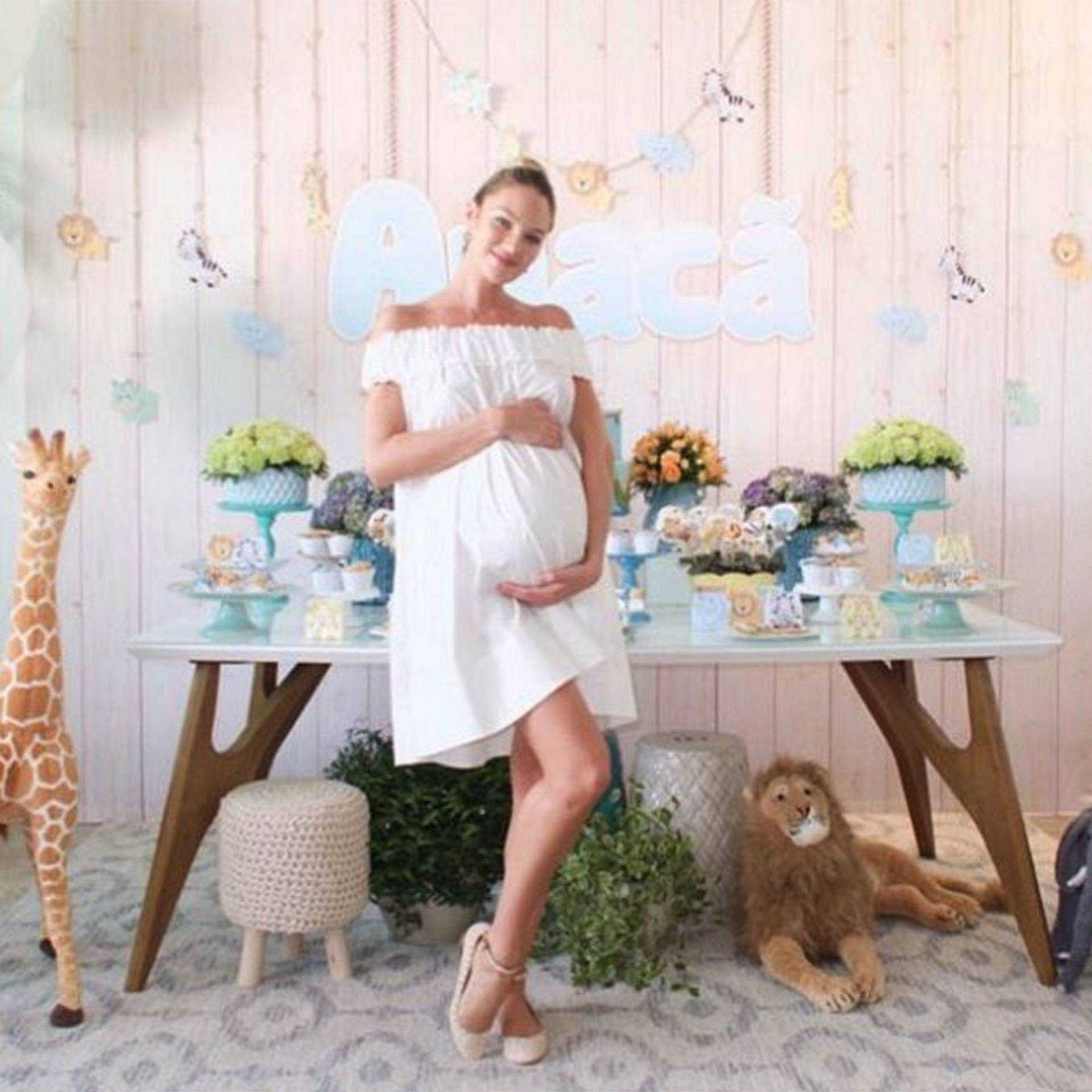 8d783c73915 Candice Swanepoel Pregnant  Expecting first baby with fiancé ...