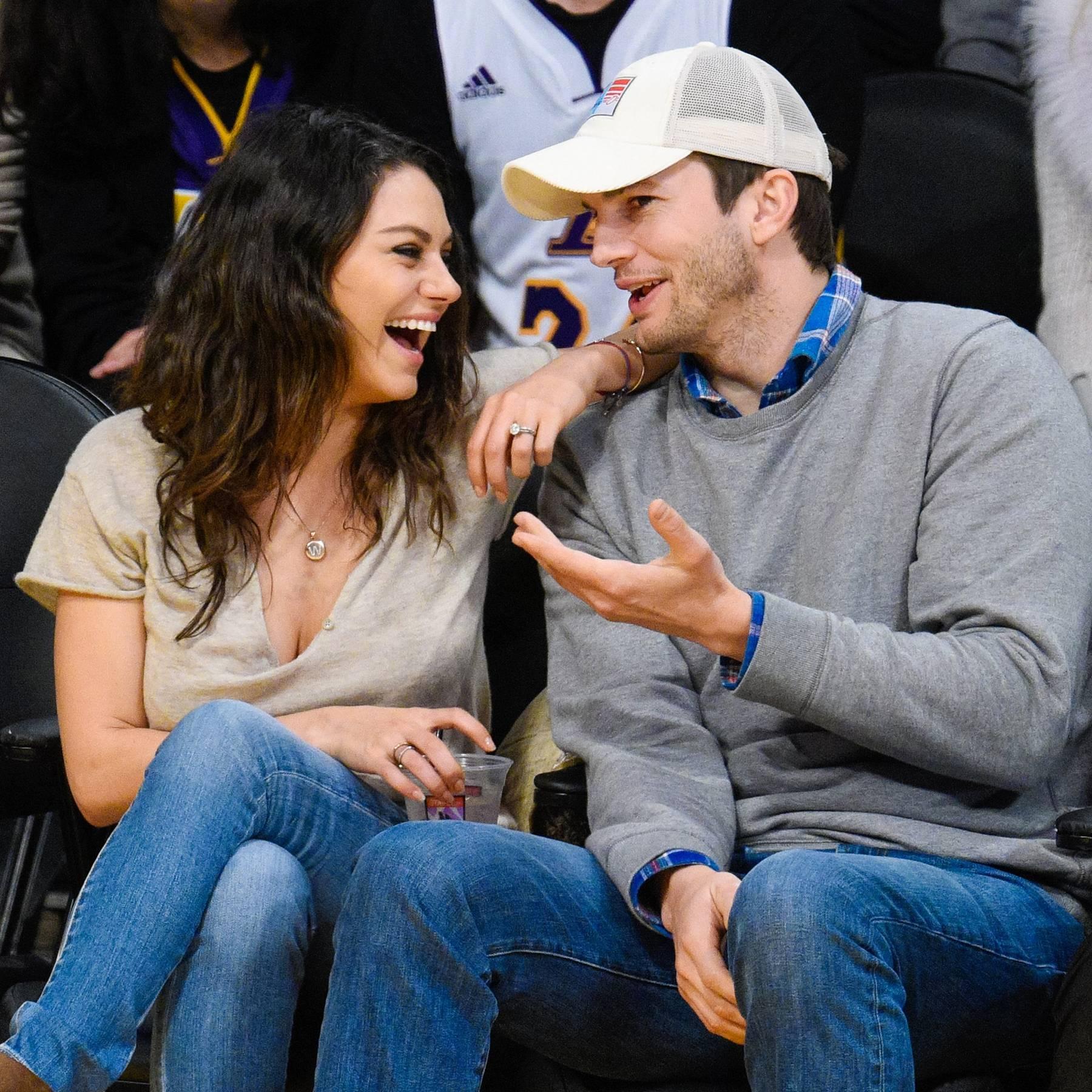 ashton kutcher and mila kunis began dating