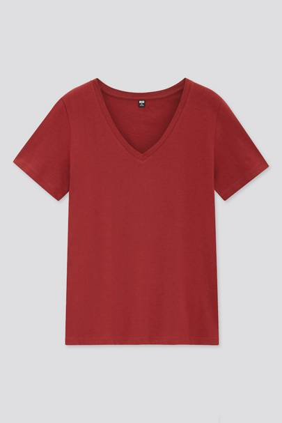 Best V neck t-shirts: Uniqlo
