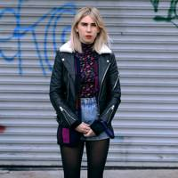 Zosia Mamet in Unbreakable Kimmy Schmidt