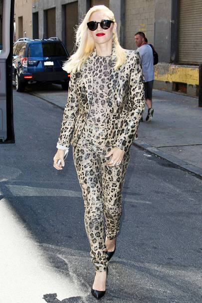 DO #18: Gwen Stefani out and about in New York, July