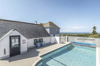 Best Cornwall Airbnb with pool